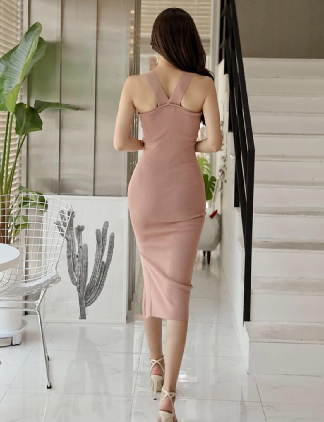 8ee76c01a6   Premium Quality   PO   Free Size. Super Hot And Sexy Korean Style Low  Halter Neck V Back High Side Slit Knitted Bodycon Body Hugging Slim Fit ...