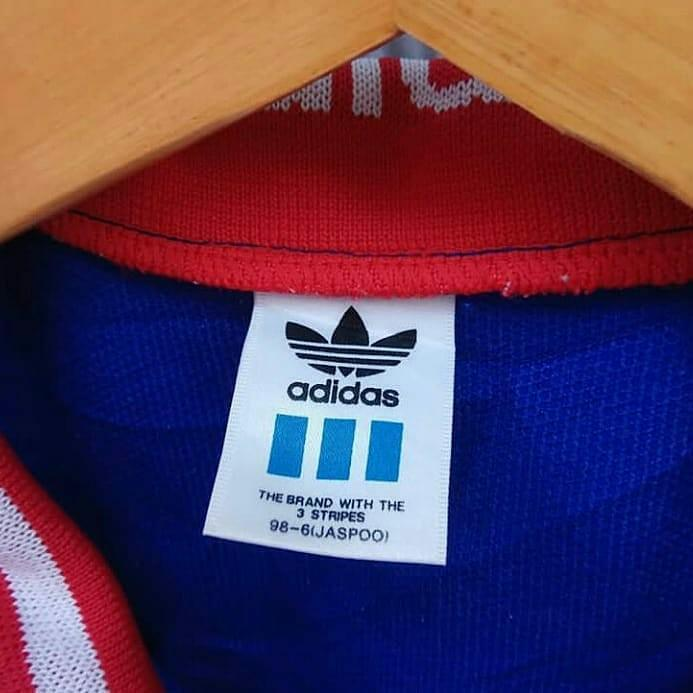 Dispersión Médico Mancha  Adidas jacket jaspoo 98-6, Fesyen Pria, Pakaian , Baju Luaran di Carousell