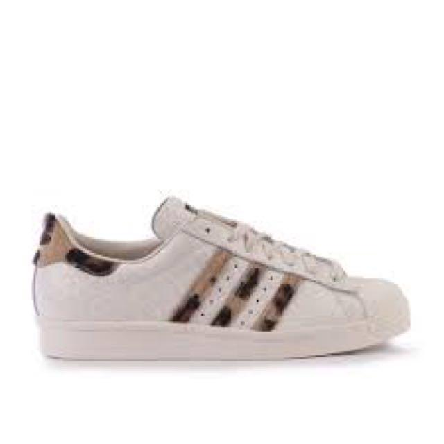 the best attitude d7f15 d0bef Adidas Superstar 80s Leopard Print, Women's Fashion, Shoes ...