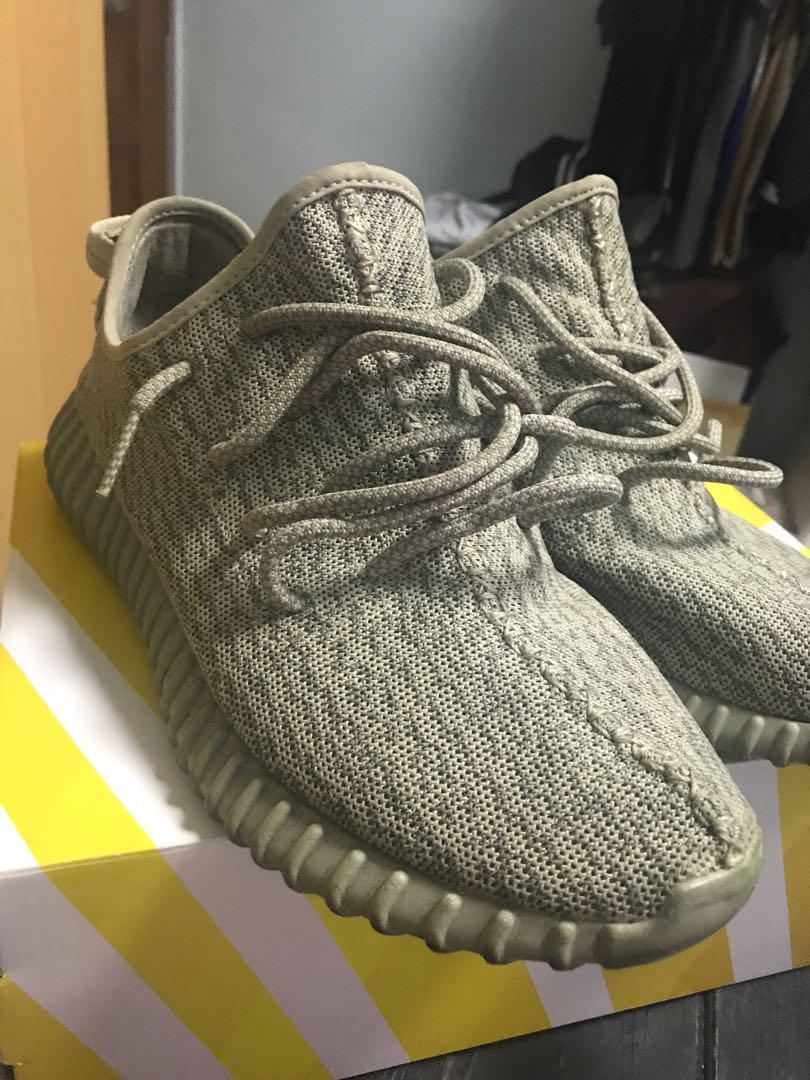 anunciar Atlas evitar  Adidas Yeezy Moonrock V1, Men's Fashion, Footwear, Sneakers on Carousell