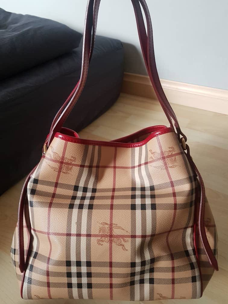 0e6626f57401 Authentic Burberry Bag in red