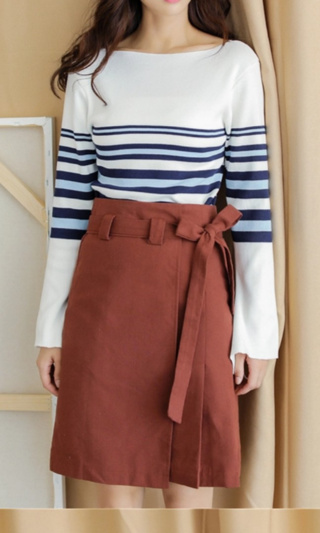 51ea689aff8c4 Brick Red Skirt Size S, Women's Fashion, Clothes, Dresses & Skirts ...