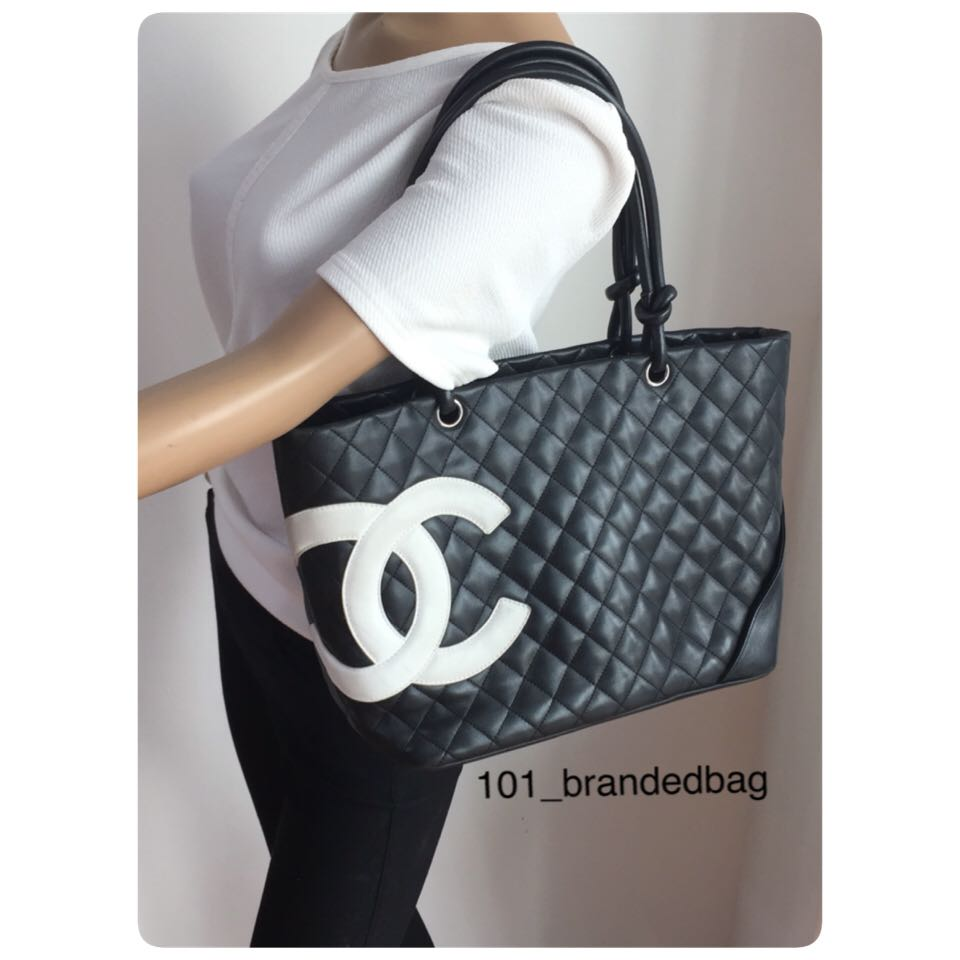 e62386278cd2 Chanel Cambon Large Shoulder Bag, Luxury, Bags & Wallets on Carousell