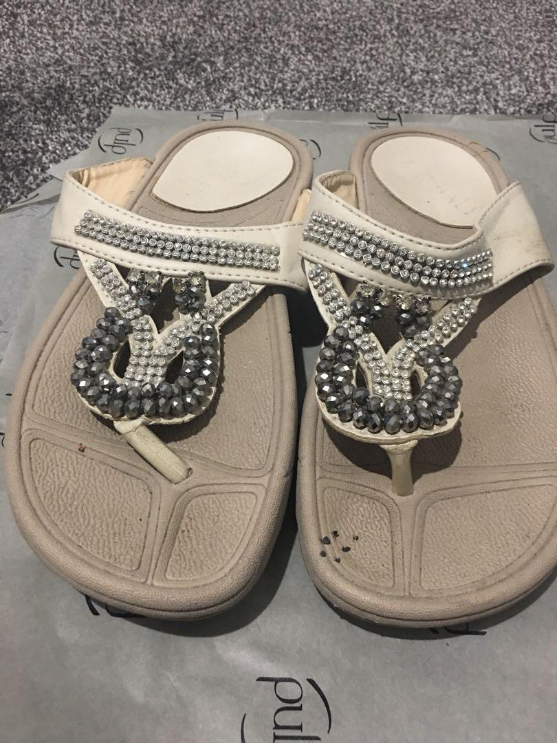 Fitflops White with silver beads