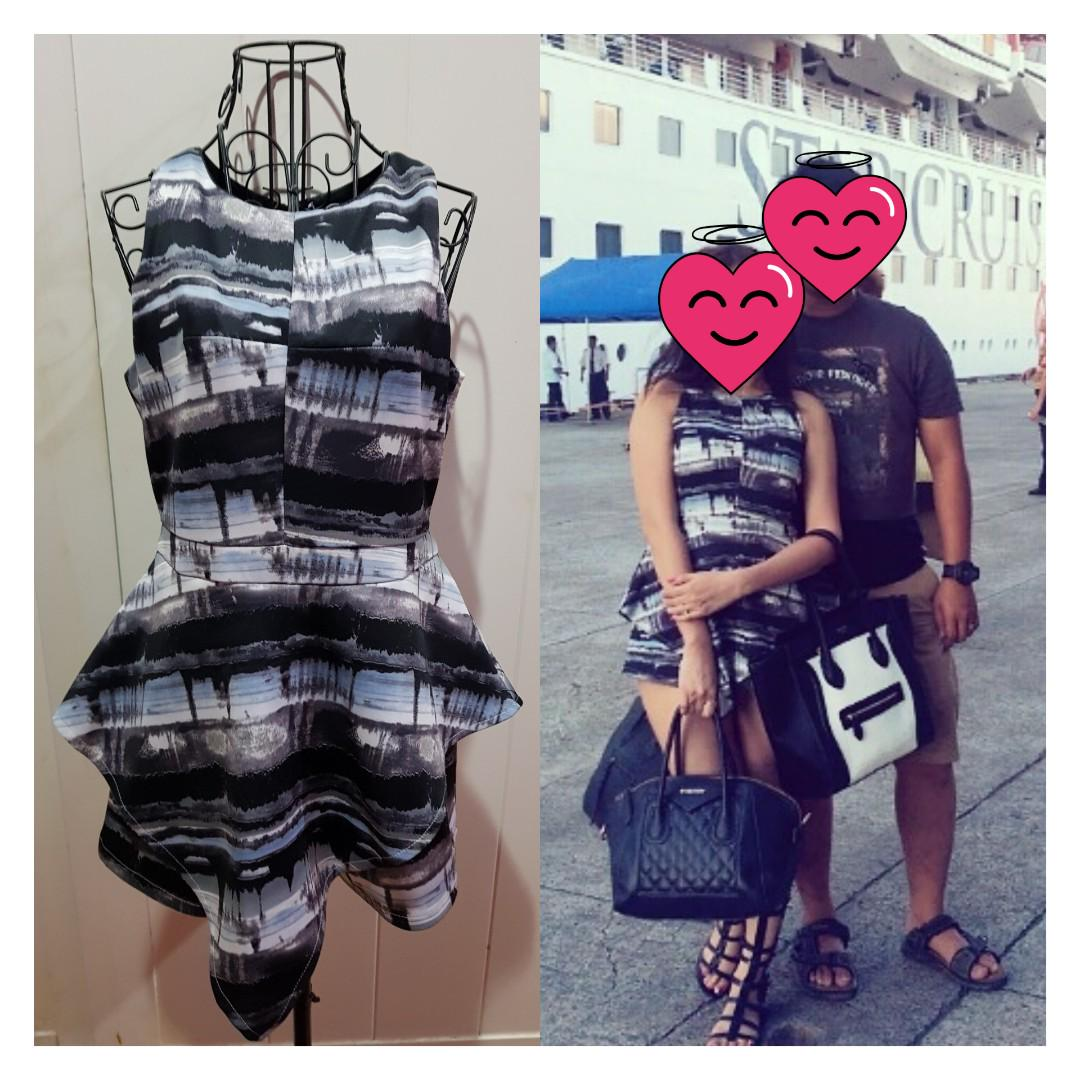 Rm35 Lyla Ruth Overlap Romper Women S Fashion Clothes Rompers Jumpsuits On Carousell