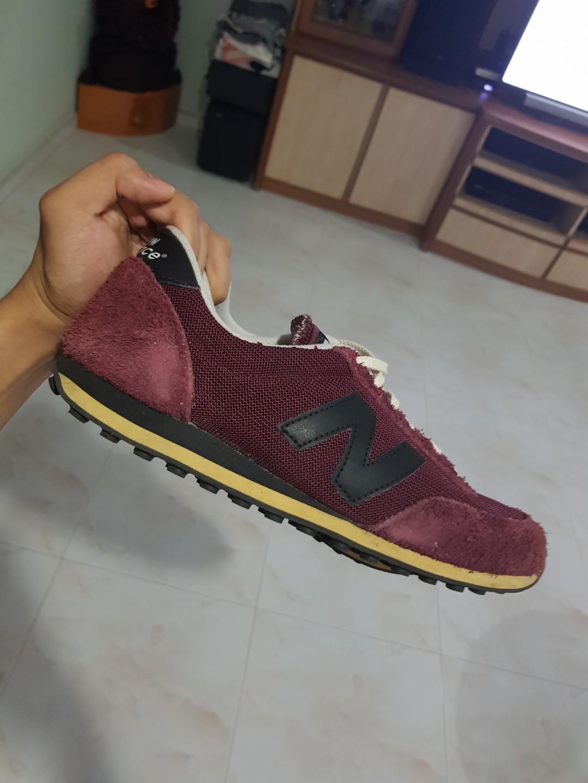 maroon new balance 410