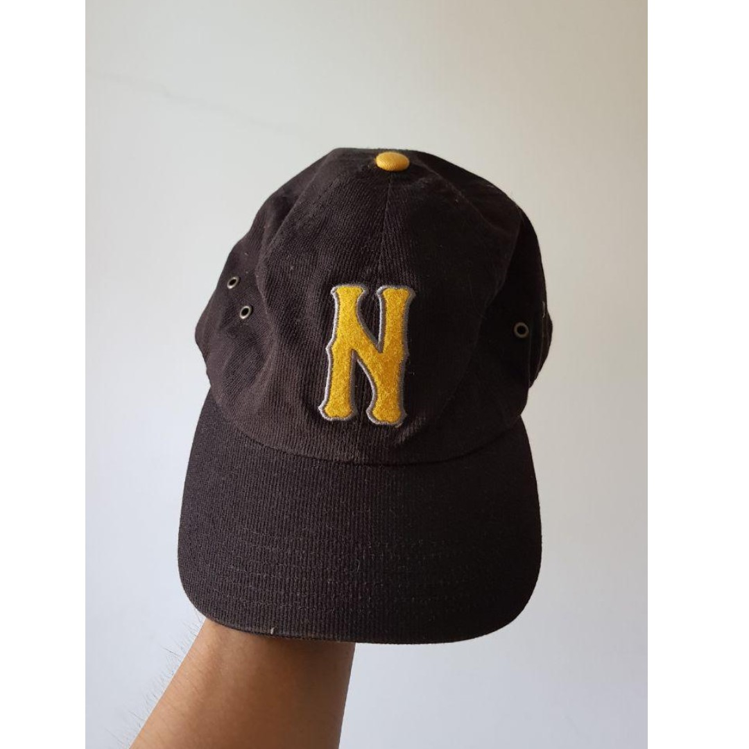5a4f121a Old school nike baseball cap (Black and yellow), Women's Fashion ...