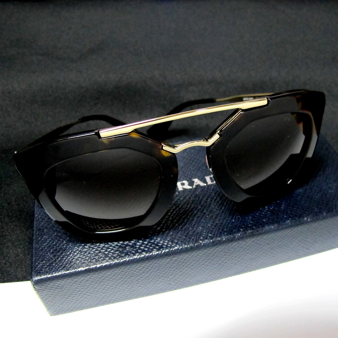 a7058e36ddcd8 Home · Women s Fashion · Accessories · Eyewear   Sunglasses. photo photo  photo