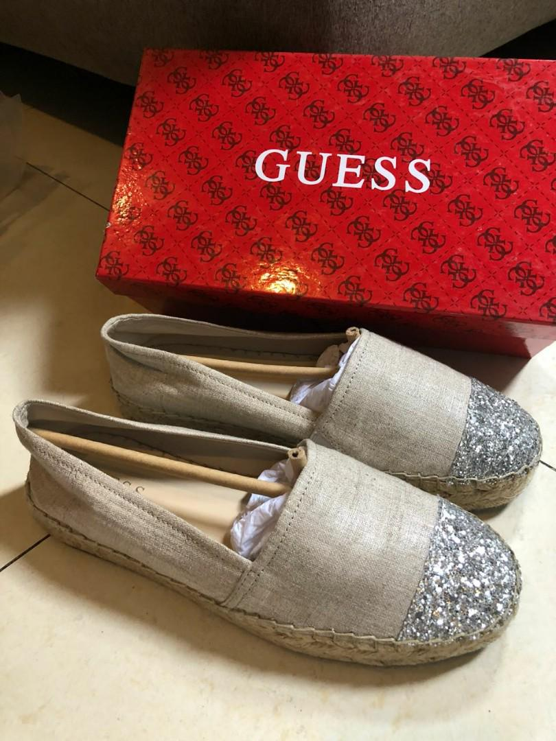 Preloved Authentic Guess Shoes
