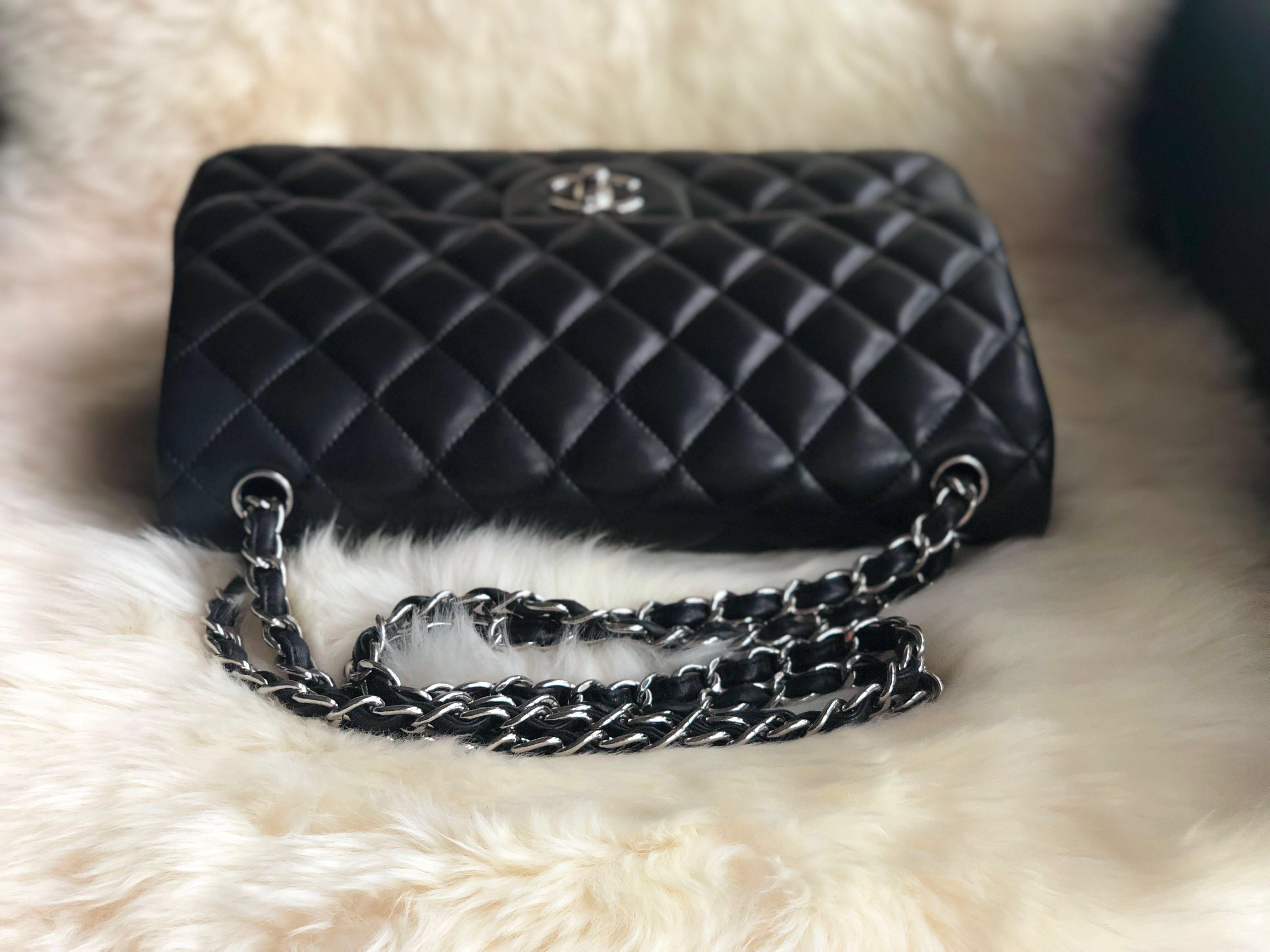 c2442c63eed5  Reserved  Chanel CF Classic Flap Jumbo