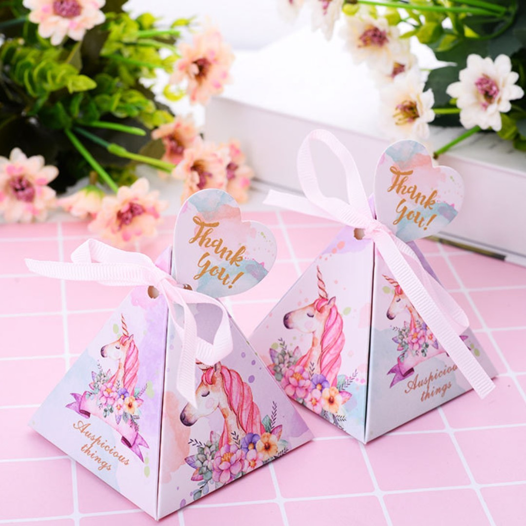 Unicorn Wedding Favors/ candy Box/, Design & Craft, Others on Carousell