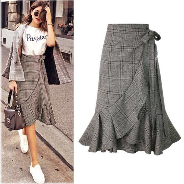 2ef8220b1b Vintage Long Skirt Plaid Wrap around Ruffle Hem with Waist Ribbon ...