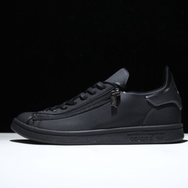 305ae11d0 Y3 Stan Smith Zip Triple Black UK9