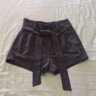 AE paper bag shorts size 0