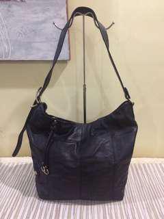 hobo shoulder/sling bag