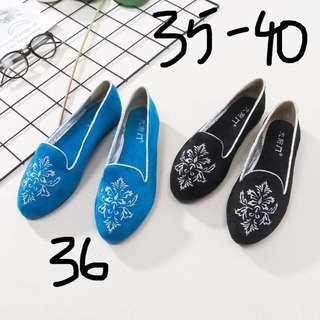 pre order 刺繡平底鞋
