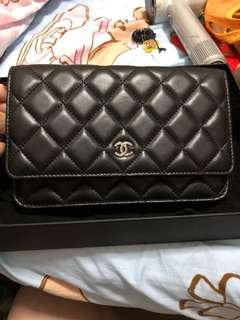 Chanel WOC 95%new wallet on chain
