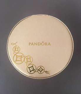 Pandora 金色手飾盒 🎀
