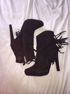 Suede Boots (SIZE 7)