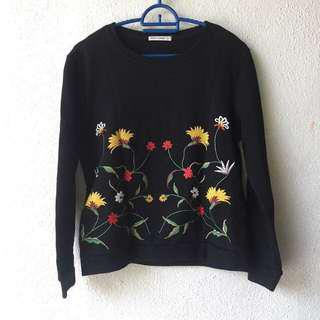 Garage Embroidered Sweayshirt Jumper Top