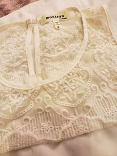Monteau white lace top size small