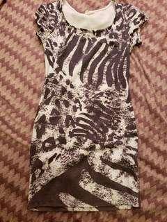 Gray & white dress size small