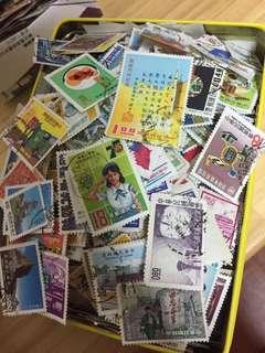 🚚 收購 台灣郵票 舊郵票 ㄧ張0.5元