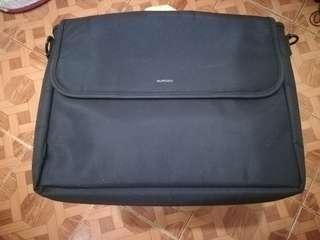 Used laptop bag