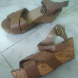 Giveaway Mudd Shoes Size 8