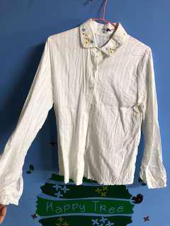 🚚 碎花白襯衫