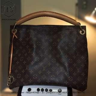 (Price Drop) Louis Vuitton Artsy MM