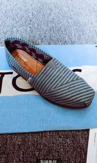 Ladies shoes (purchase for you item) in size 36-38.5