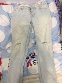 Preloved celana panjang jeans ripped robek