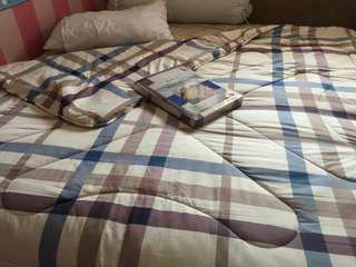 Jual Bed Cover + Sprei merk KrisHome