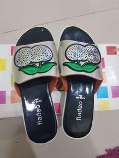 Sandal fladeo anak size 32