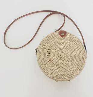 NATURAL ROUNDIE RATTAN BAG WITH BROWN FAUX LEATHER