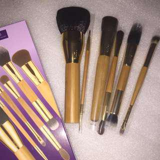 "NEW & AUTH TARTE S/O LMT EDTN ""BACK 2 SKOOL"" BRUSH SET"