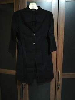 Top outer black