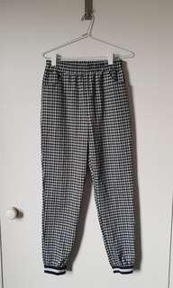 Honey Punch Pants Size M