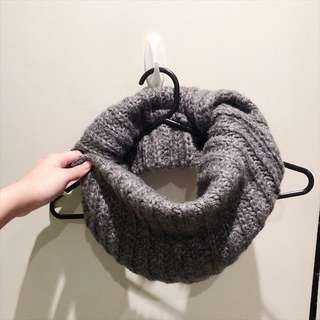 NEW H&M infinity scarf