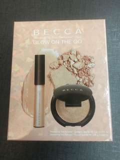Becca glow on the go opal highlighter