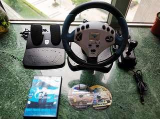 PS2 賽車軚盤連正版遊戲。