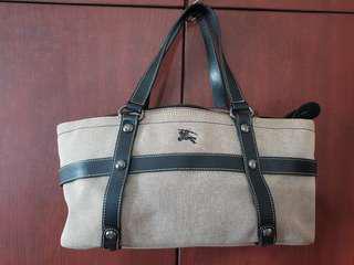 100% Authentic Burberry London Blue Label Grey Canvas Leather Shoulder Bag Japan