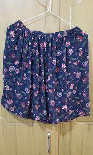 Hollister garterized floral skirt