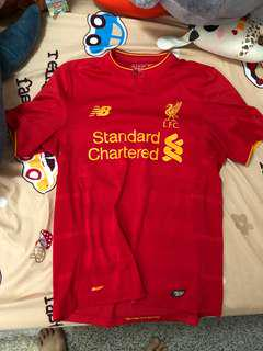 Liverpool 16/17 home kit