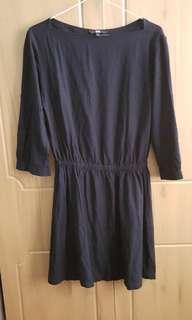 Uniqlo black boatneck dress