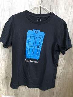 Uniqlo 怪獸公司Tshirt