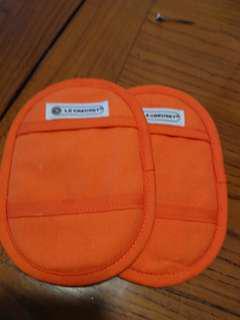 法國 Le creuest 隔熱手套 (有使用痕跡)French kitchen heat resistant gloves