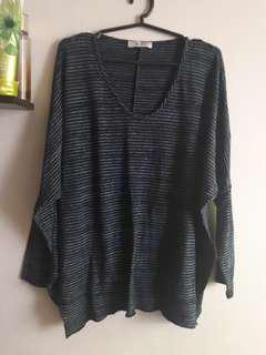 Stripes oversize top
