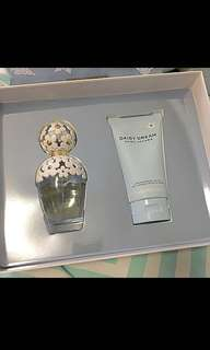 BRAND NEW MARC JACOBS DAISY DREAM GIFT SET